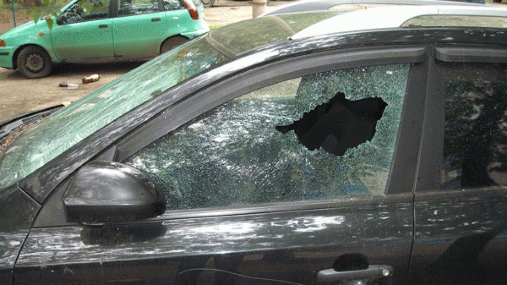 Полицейские Оренбурга задержали злоумышленника, вскрывшего автомобиль