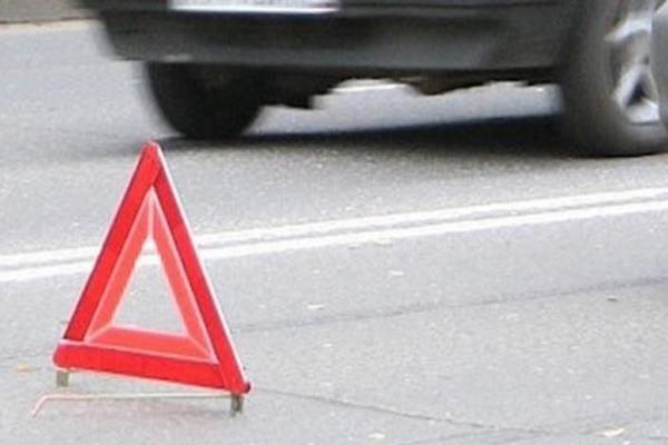 """В Оренбурге на улице Конституции автомобиль """"Лифан"""" сбил пешехода"""