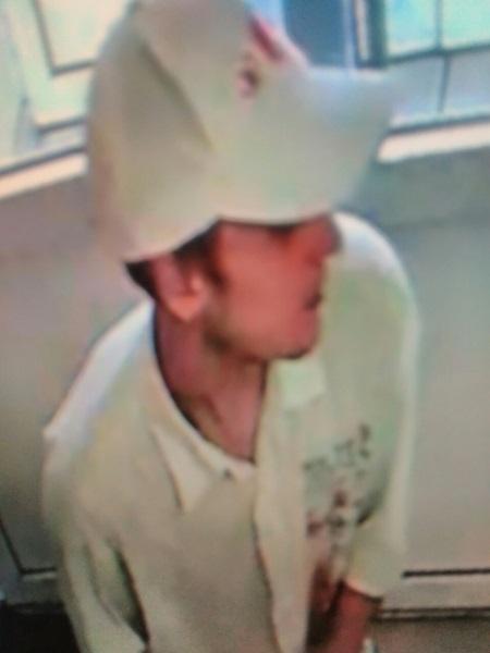 В Орске разыскивается подозреваемый в краже телефона