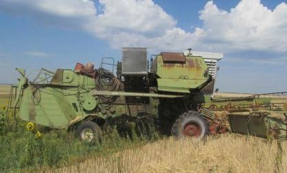 В Переволоцком районе при уборке зерна погиб комбайнер