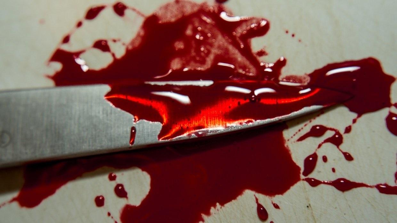 Мужчину зарезали в подъезде дома в Оренбурге