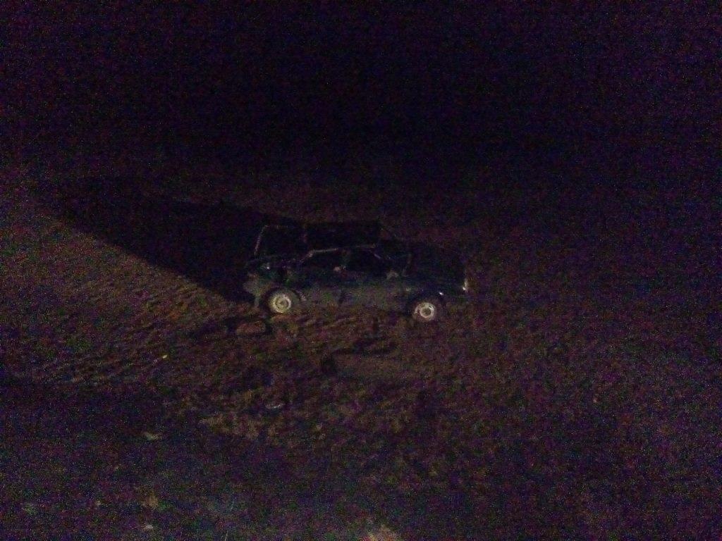 Под Новоорском автомобиль слетел в кювет