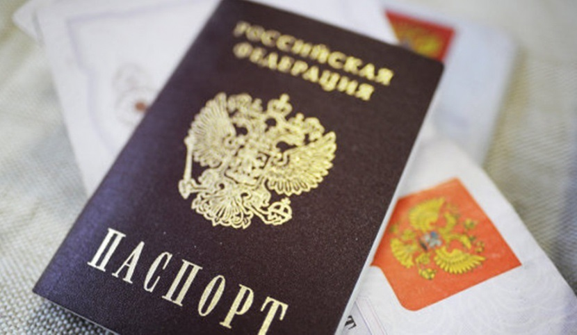 Женщина ограбила магазин и предъявила полицейским поддельный паспорт