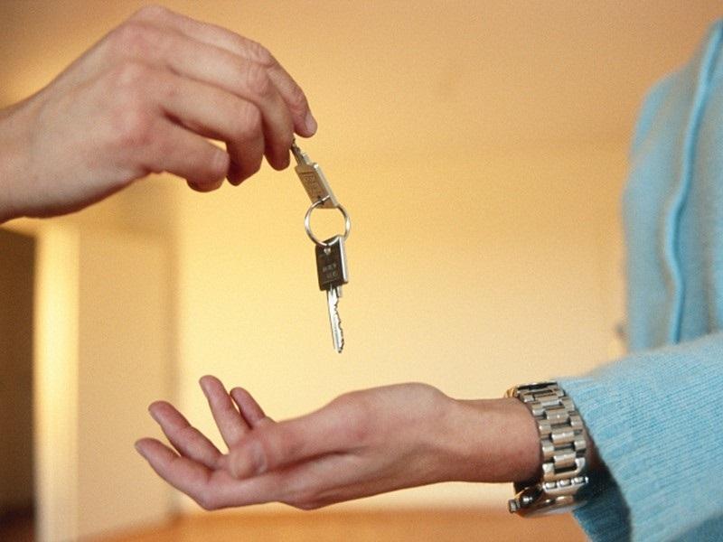 В Оренбурге девушка «обчистила» квартиру, арендовавшую на сутки
